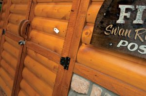 Log-&-Siding-Nat-Oak-Rustic